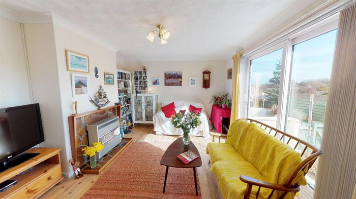 Detached Bungalow, 2 bedroom Property for sale in Penzance, Cornwall for £250,000, view photo 2.