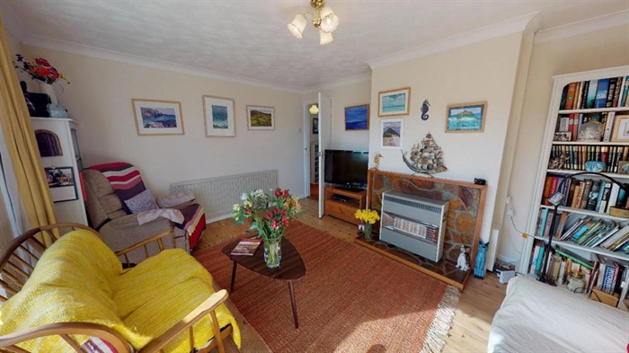 Detached Bungalow, 2 bedroom Property for sale in Penzance, Cornwall for £250,000, view photo 10.