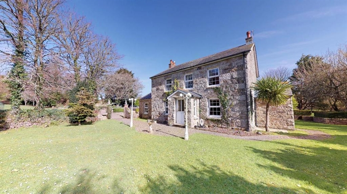 Detached House, 3 bedroom Property for sale in Hayle, Cornwall for £680,000, view photo 1.