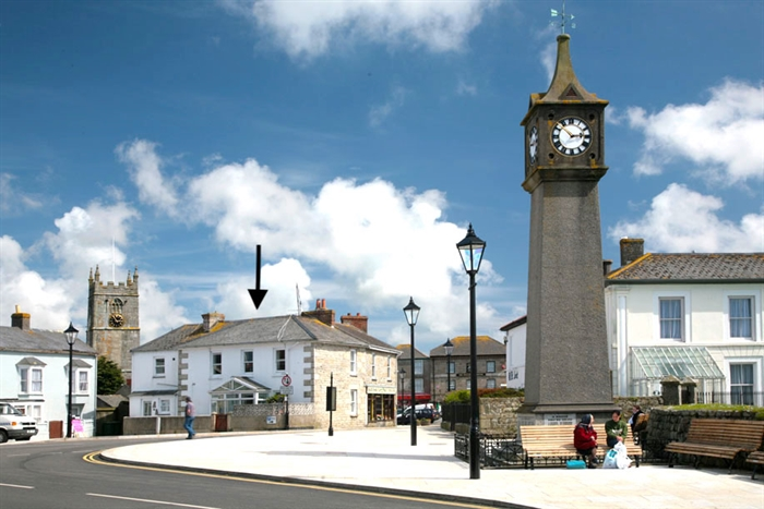 Flat, 3 bedroom Property for sale in St Just, Cornwall for £175,000, view photo 1.