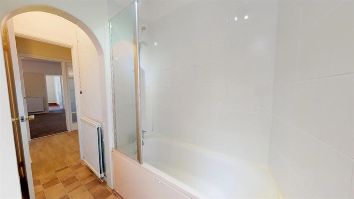 Flat, 3 bedroom Property for sale in St Just, Cornwall for £175,000, view photo 5.