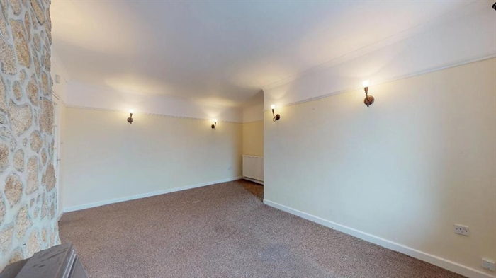 Flat, 3 bedroom Property for sale in St Just, Cornwall for £175,000, view photo 7.