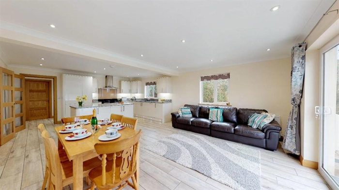 Detached House, 4 bedroom Property for sale in Hayle, Cornwall for £425,000, view photo 9.