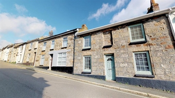Terraced, House for sale in Penzance: Mount Street, Penzance, Cornwall TR18 2EU, £260,000