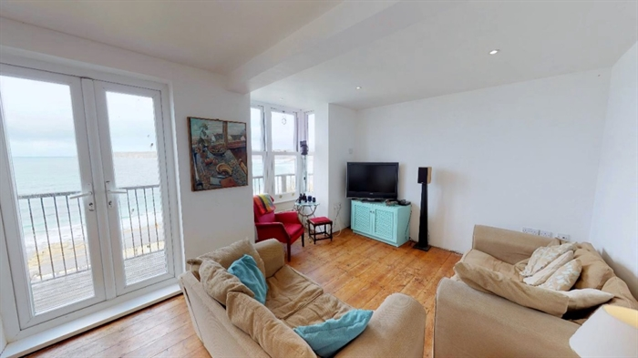 Detached Bungalow, 3 bedroom Property for sale in Sennen Cove, Cornwall for £525,000, view photo 7.