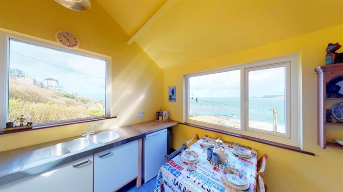 Detached Bungalow, 3 bedroom Property for sale in Sennen Cove, Cornwall for £525,000, view photo 13.