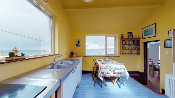 Detached Bungalow, 3 bedroom Property for sale in Sennen Cove, Cornwall for £525,000, view photo 14.