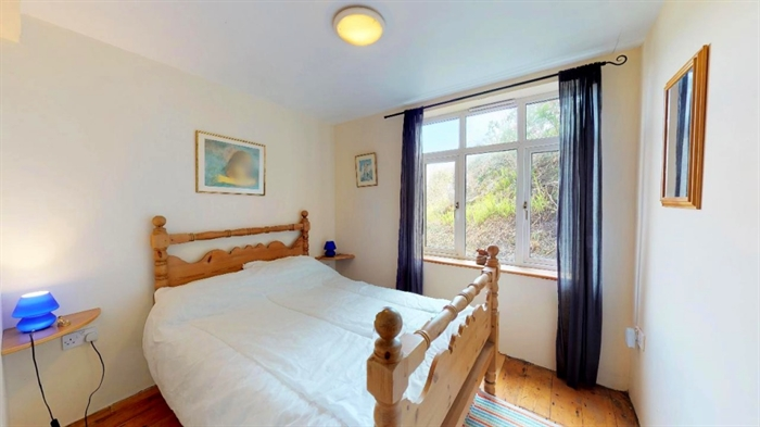 Detached Bungalow, 3 bedroom Property for sale in Sennen Cove, Cornwall for £525,000, view photo 16.