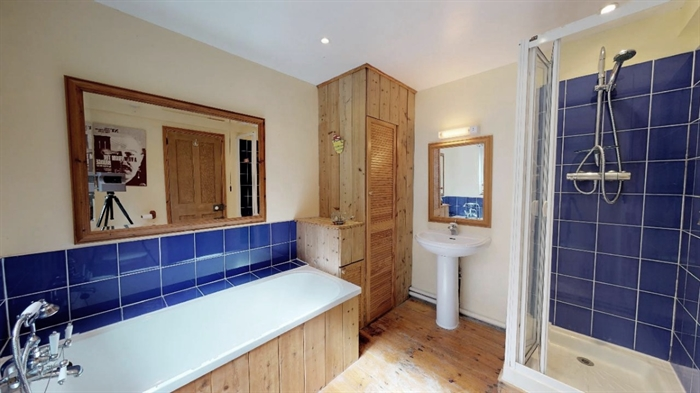 Detached Bungalow, 3 bedroom Property for sale in Sennen Cove, Cornwall for £525,000, view photo 18.