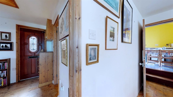 Detached Bungalow, 3 bedroom Property for sale in Sennen Cove, Cornwall for £525,000, view photo 19.