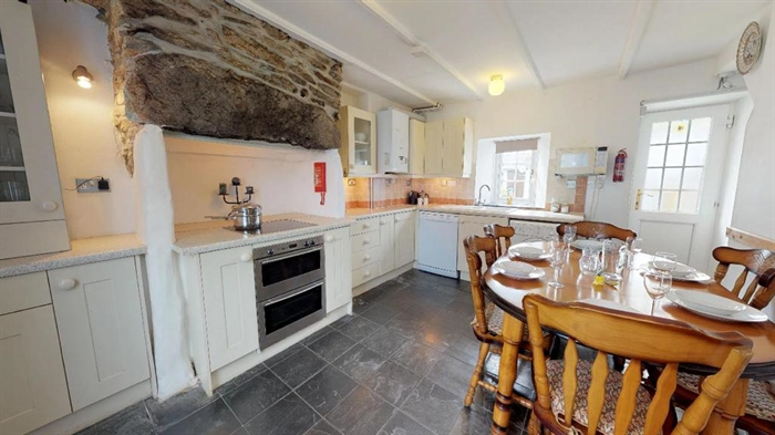 Terraced, House, 3 bedroom Property for sale in St Just, Cornwall for £200,000, view photo 6.