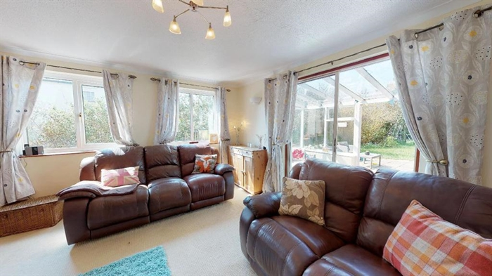House, 4 bedroom Property for sale in Hayle, Cornwall for £350,000, view photo 5.