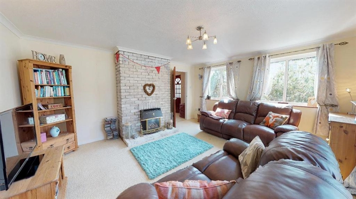 House, 4 bedroom Property for sale in Hayle, Cornwall for £350,000, view photo 7.
