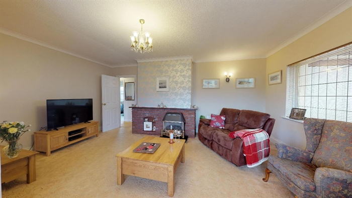 Detached Bungalow, 3 bedroom Property for sale in Carbis Bay, Cornwall for £375,000, view photo 5.