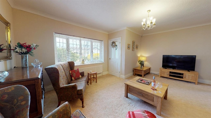 Detached Bungalow, 3 bedroom Property for sale in Carbis Bay, Cornwall for £375,000, view photo 6.
