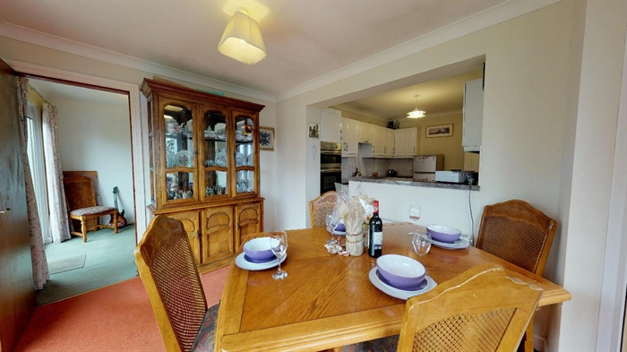 Detached Bungalow, 3 bedroom Property for sale in Carbis Bay, Cornwall for £375,000, view photo 10.