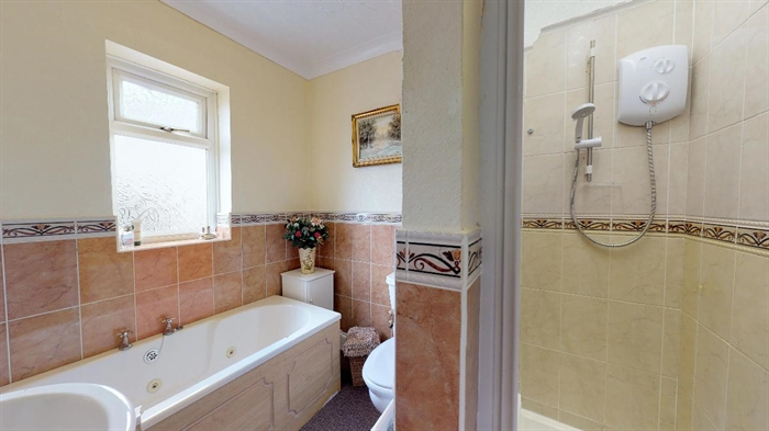 Detached Bungalow, 3 bedroom Property for sale in Carbis Bay, Cornwall for £375,000, view photo 16.
