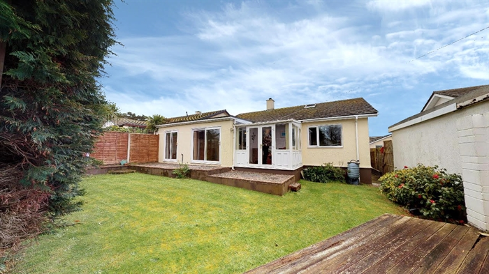 Detached Bungalow, 3 bedroom Property for sale in Carbis Bay, Cornwall for £375,000, view photo 20.