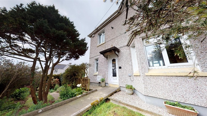 End of Terrace, House, 3 bedroom Property for sale in Penzance, Cornwall for £215,000, view photo 1.