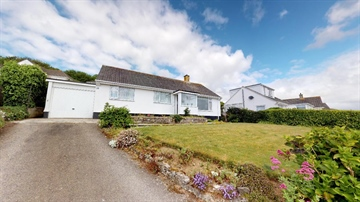 Detached Bungalow for sale in Newlyn: Restormel Road, Newlyn.  TR18 3JJ, £325,000