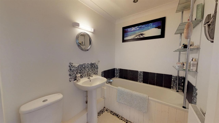 Semi Detached House, 4 bedroom Property for sale in Pendeen, Cornwall for £310,000, view photo 18.