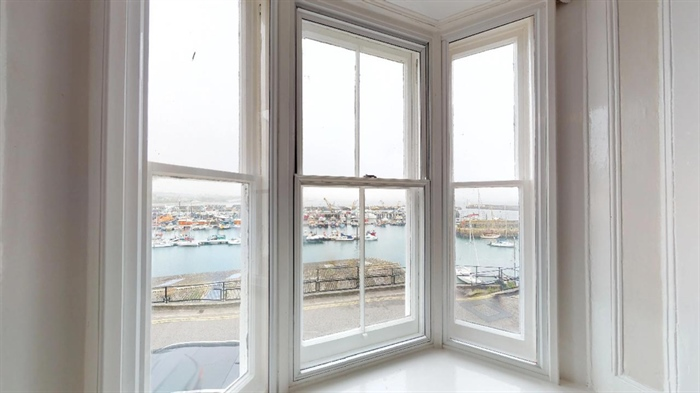 End of Terrace, 4 bedroom Property for sale in Newlyn, Cornwall for £275,000, view photo 10.