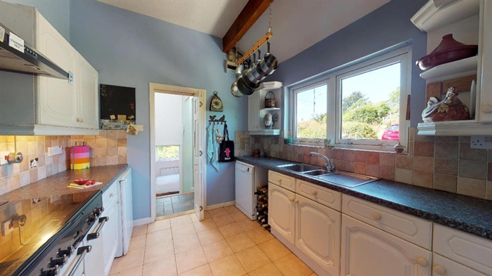 Detached House, 3 bedroom Property for sale in Ludgvan, Cornwall for £380,000, view photo 15.
