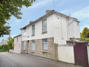 Semi Detached House for sale in Madron: Fore Street, Madron, TR20 8SS, £178,000