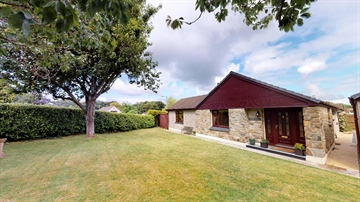 Detached Bungalow for sale in Goldsithney: Perran Downs, Goldsithney, TR20 9HQ, £450,000