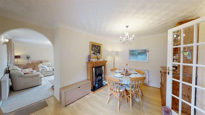 Detached Bungalow, 4 bedroom Property for sale in Goldsithney, Cornwall for £450,000, view photo 7.