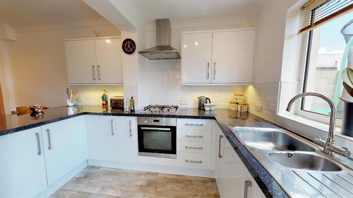 Semi Detached House, 4 bedroom Property for sale in Penzance, Cornwall for £325,000, view photo 11.