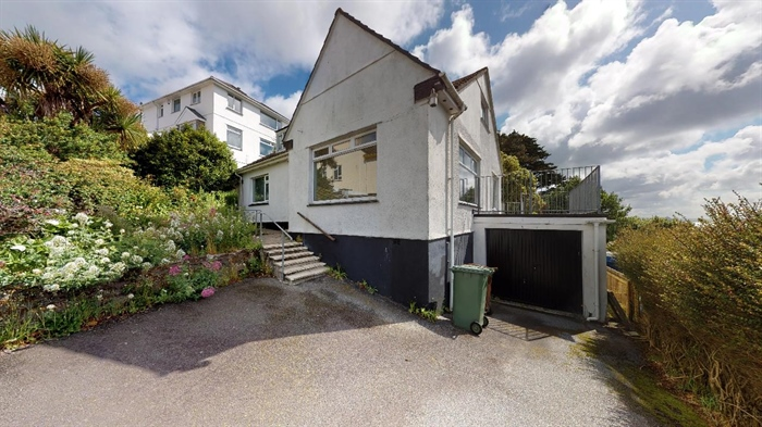 House, 4 bedroom Property for sale in Penzance, Cornwall for £325,000, view photo 2.