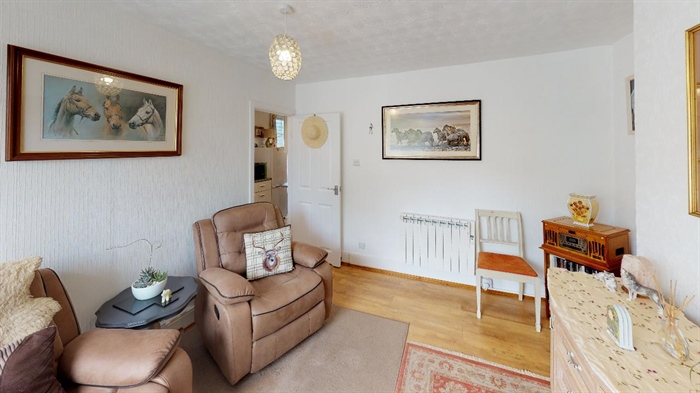 Flat, 1 bedroom Property for sale in Penzance, Cornwall for £112,000, view photo 6.