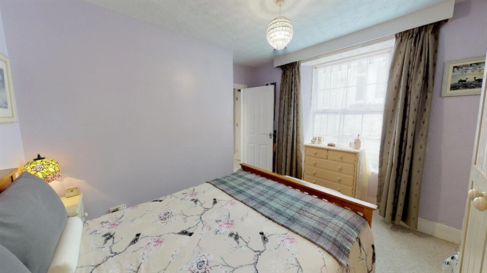 Flat, 1 bedroom Property for sale in Penzance, Cornwall for £112,000, view photo 10.