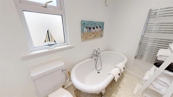 Semi Detached Bungalow, 3 bedroom Property for sale in Carbis Bay, Cornwall for £350,000, view photo 15.