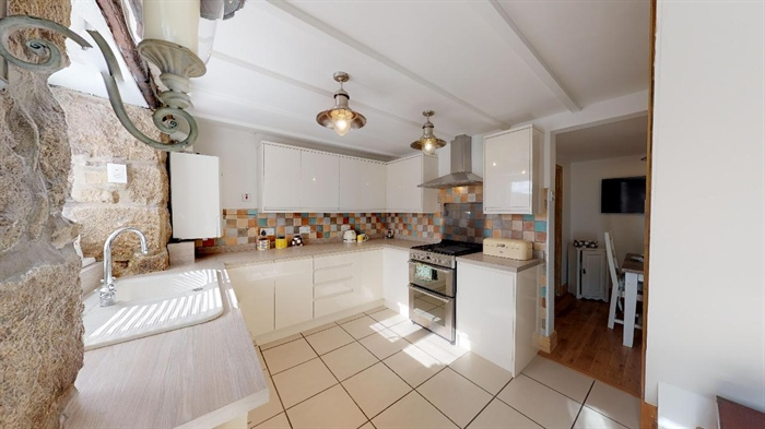Terraced, 2 bedroom Property for sale in Penzance, Cornwall for £190,000, view photo 10.