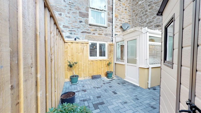 Terraced, 2 bedroom Property for sale in Penzance, Cornwall for £190,000, view photo 20.