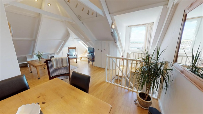 Maisonette, 2 bedroom Property for sale in Penzance, Cornwall for £155,000, view photo 9.